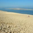 """La grande duna del Pilat (chiamata anche Pyla dal guascone """"pilhar"""" che significa ammasso, monticello) è affacciata sull'oceano Atlantico, in prossimità del grande Bacino di […]"""