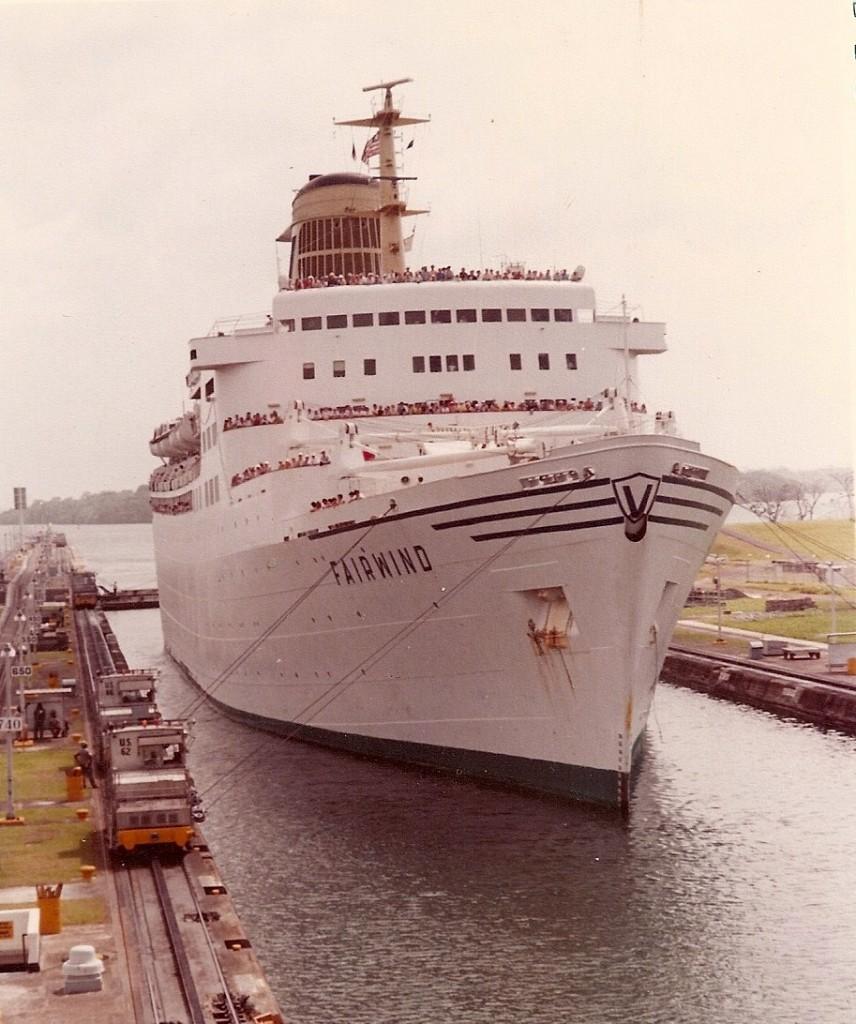 Il Fairwind nel canale di Panama