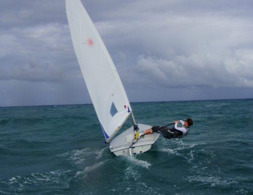 Andare a vela sul Laser: che passione (video)