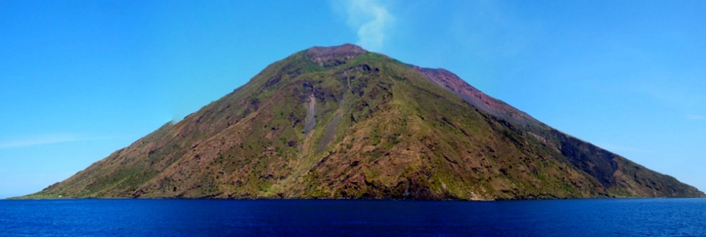 l'isola di Stromboli Eolie