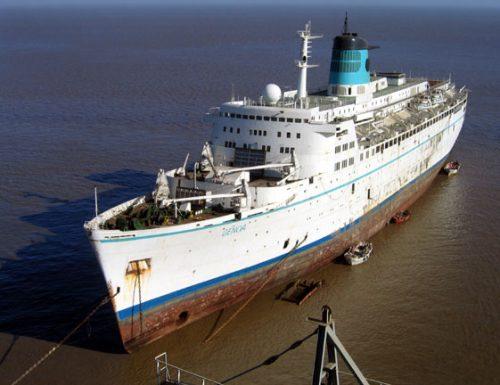 La storia del Fairwind, Sitmar Cruises, in 10 foto