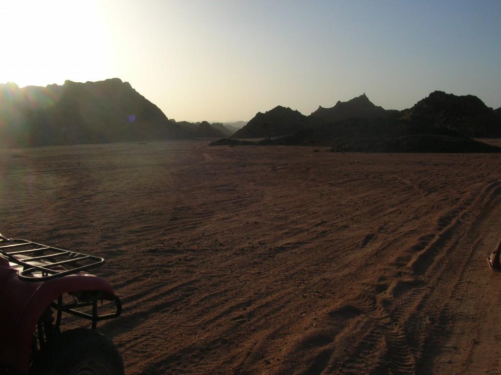 quad nel deserto