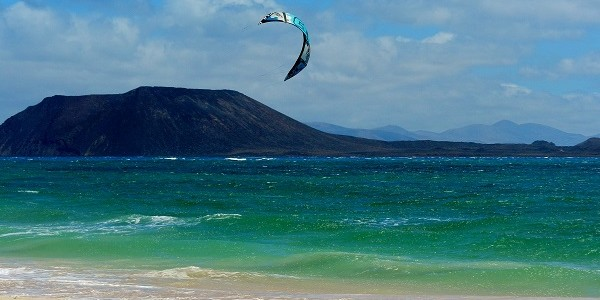Se non amate il mare ed i paesaggi incontaminati, se non sopportate il vento, le onde ed il sole, Fuerteventura non fa per voi ! […]