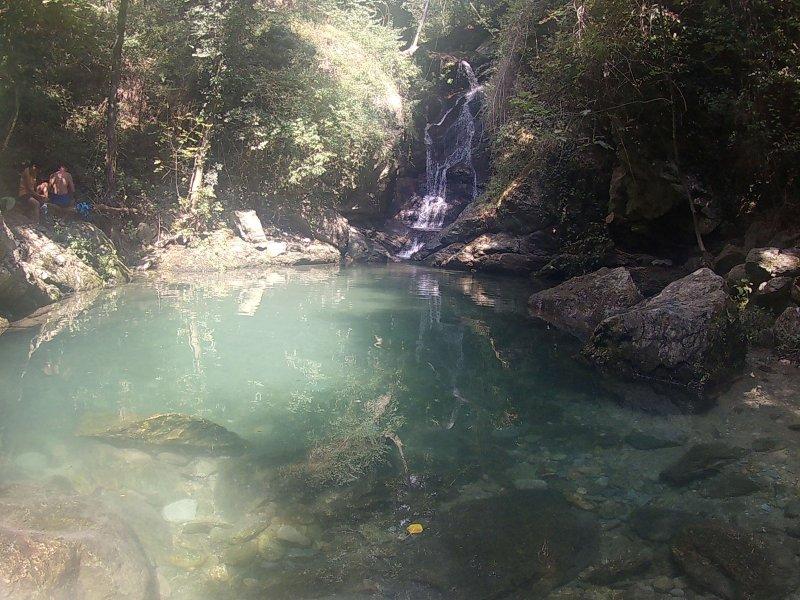 La cascata delle Libellule Blu